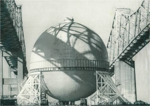 An LNG sphere, manufactured at General Dynamics up the Cooper River, passes under the Grace bridges en route to Connecticut in 1980.